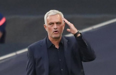 Tottenham Kalah dari Everton, Mourinho Sebut Pemainnya Malas - JPNN.com