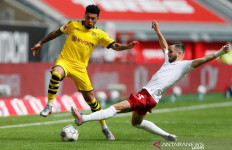 Pelatih Dortmund Sampai Mengingatkan MU Gara-gara Hal Ini - JPNN.com