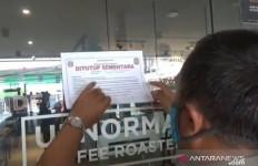 Anak Buah Anies Baswedan Sikat Dua Restoran Pelanggar PSBB di Jaktim - JPNN.com