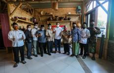 Sebelum Meninggal, Gus Zaki Minta Alumni Ponpes Tebuireng Bantu Eri Cahyadi - JPNN.com