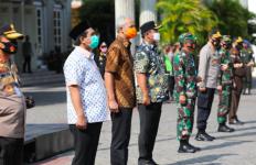 Gelar Operasi Yustisi Protokol Kesehatan, Ganjar Pranowo: Masyarakat Ayo Bantu Kami, Saya tidak Ingin Menghukum - JPNN.com