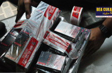 Bea Cukai Jatim Gagalkan Peredaran Produk Ilegal - JPNN.com