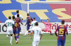 Barcelona Hanya Mampu Menyarangkan 1 Gol ke Gawang Elche - JPNN.com