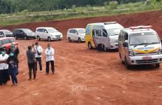 Di TPU Pondok Ranggon, Seorang Anak Masih Penasaran.. - JPNN.com