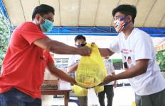 Ben Bahat Bergerak, Bantu Korban Kebakaran Pasar Pujon Kapuas - JPNN.com