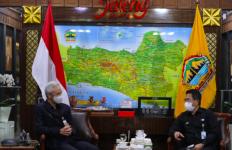 Pak Ganjar Berharap TVRI Bantu Membangkitkan UMKM Jateng - JPNN.com