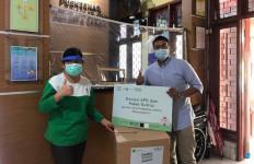 Gandeng Tokopedia, NU CARE dan Tim Gerakan 1000 Senyuman Salurkan Ratusan APD - JPNN.com