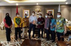 Azis Syamsuddin: Pensiunan ASN dan TNI-Polri Perlu Jeda 5 Tahun Terjun ke Politik - JPNN.com