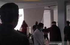 Baru Dicambuk 48 Kali, Pemerkosa Bocah Ini Sudah tak Kuat, Padahal... - JPNN.com