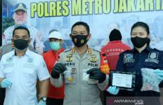 Kombes Heru dan AKBP Roland Bernasib Sama - JPNN.com