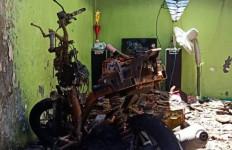 Api Cemburu Koriah Benar-Benar Membakar Rumah Siti Umi Fatkiyah - JPNN.com