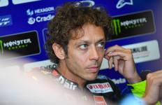 Valentino Rossi Positif COVID-19, Sedih dan Marah - JPNN.com