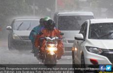 Masuk Musim Hujan, Pengguna Mobil Perlu Perhatikan 5 Hal Ini - JPNN.com