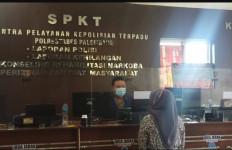 Siang Bolong, Fifi Berteriak tetapi tak Ada yang Menolong, Pasrah Dah.. - JPNN.com