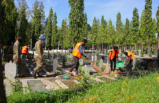 Tak Pakai Masker saat Keluar Rumah, Siap-siap Bersihkan Makam Pahlawan - JPNN.com