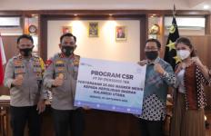 PT PP Salurkan Bantuan 26 Ribu Masker Medis untuk Polda Sulut - JPNN.com