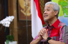 Lomba Voli Dihadiri Seribu Penonton di Brebes, Ganjar: TNI-Polri Turun Langsung Dibubarkan - JPNN.com