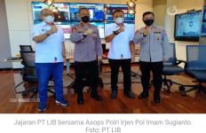 Sudah Keliling Polda dan Dekati Asops Kapolri, PT LIB Gagal Kantongi Izin Lanjutkan Liga 1 - JPNN.com