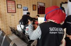 Video Adegan tak Senonoh Janda Muda Tersebar sampai ke Lingkungan Sekolah Anak - JPNN.com