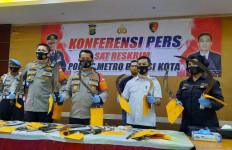Menegangkan, Polisi Berhasil Meringkus 38 Pembajak - JPNN.com