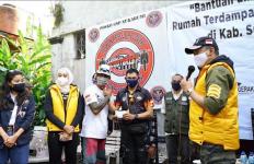 Bamsoet Berikan Bantuan Kepada Korban Banjir Bandang Sukabumi - JPNN.com