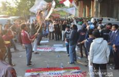 Aksi Tolak PKI Dibubarkan Polisi - JPNN.com