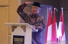 Kritik Tajam Buya Anwar MUI untuk Ide Gus Yaqut tentang Doa & Salam Semua Agama - JPNN.com