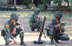 Luar Biasa! Taruna AAL Korps Marinir Asah Kemampuan Tempur - JPNN.com