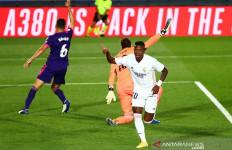 Vinicius Cetak Gol Real Madrid, Pemain Lawan Langsung Angkat Tangan - JPNN.com