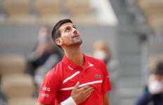 Nyaris Tak Berkeringat, Novak Djokovic Tembus Babak III Roland Garros - JPNN.com