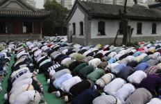 China Keluarkan Aturan Baru tentang Keagamaan, Banyak Larangannya - JPNN.com