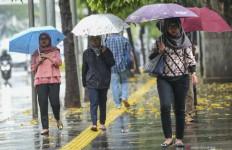 Jakbar, Jaksel dan Jaktim Berpotensi Hujan Disertai Petir - JPNN.com