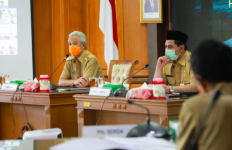 Banyak Klaster Covid-19 Baru di Jateng, Pak Ganjar Minta Penegakan Hukum Ditingkatkan - JPNN.com