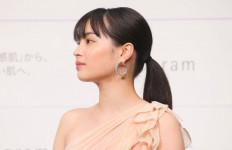 Tanpa Gejala, Aktris Suzu Hirose Positif Covid-19 - JPNN.com