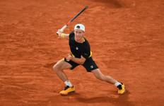 Roland Garros 2020: Diego Schwartzman Butuh 5 Jam 8 Menit Tembus Semifinal - JPNN.com