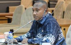 Hamba Tuhan Kembali Tertembak, Yan Mandenas: Hentikan Konflik di Intan Jaya - JPNN.com