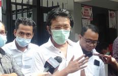 Adian Napitupulu Cek Pedemo di Polda Metro Jaya, Begini Penjelasan Lengkapnya - JPNN.com