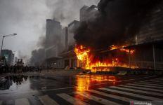 Polisi Tahan 20 Tersangka Pembakar Halte TransJakarta, Oh Ternyata - JPNN.com