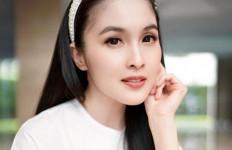 Yuk Ketahui Cara Sandra Dewi Merawat Kulitnya - JPNN.com