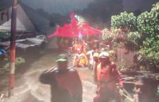 Banjir dan Tanah Longsor Landa Ciganjur, Satu Warga Tewas - JPNN.com