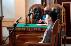 Tawuran Berujung Kematian, Mahasiswa Nommensen Eka Putra Dituntut 12 Tahun Penjara - JPNN.com