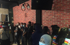 Panti Pijat Wijaya Kebon Jeruk Digerebek Lantaran Terima Pelanggan di Masa PSBB - JPNN.com