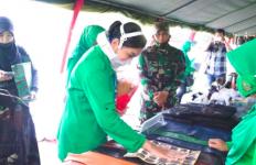 Hetty Andika Perkasa Bangga Lihat Hasil Kerajinan Persit di Sumedang - JPNN.com