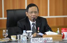 Mahasiswa Kembali Turun ke Jalan, Mahfud MD Bicara soal Penyusup dan Martir - JPNN.com
