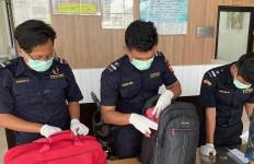 Bea Cukai Jayapura Fasilitasi dalam Repatriasi 25 Pekerja Migran Korban PHK - JPNN.com