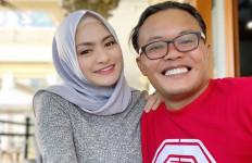 Perilaku Natahie Holscher Mulai Aneh, Sule: Semoga Ini Tanda-tanda - JPNN.com