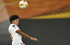 MU Berencana Beli Bek Sevilla, Namun Harus Jual 2 Pemain - JPNN.com