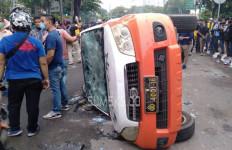 Empat Pelaku Perusakan Mobil Pam Obvit Ditangkap, Nih Penampakannya - JPNN.com