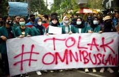 BEM SI dan Elemen Buruh Gelar Demo, Ribuan TNI-Polri Sudah Siap di Lapangan - JPNN.com