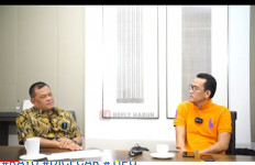 Refly Harun dan Gatot Nurmantyo Bicara Pengalihan Isu UU Cipta Kerja - JPNN.com